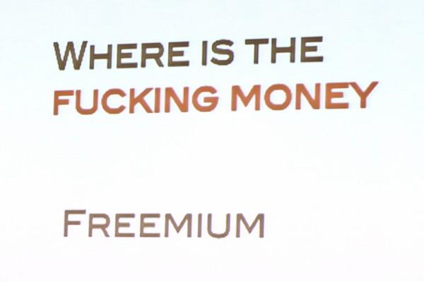 ... i pieniędzy